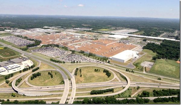 Nissan Grows in Tennessee image
