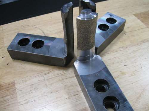 tungsten alloy friction coating on the ID grippers