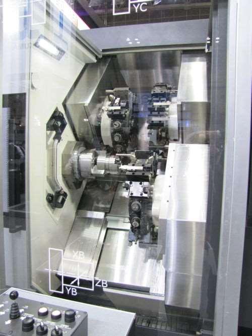 Okuma's LT-3000LX CNC lathe