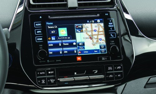In keeping with the advanced nature of the vehicle, there are plenty of information displays in the IP and center stack.