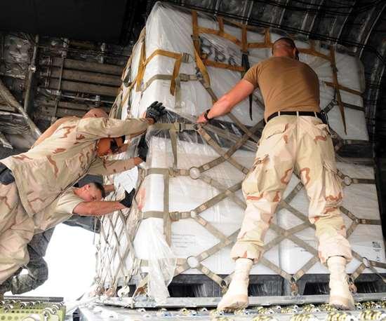 uniform-sized 463L pallet