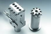 Direct Side Gating For Multi-Cavity Molds