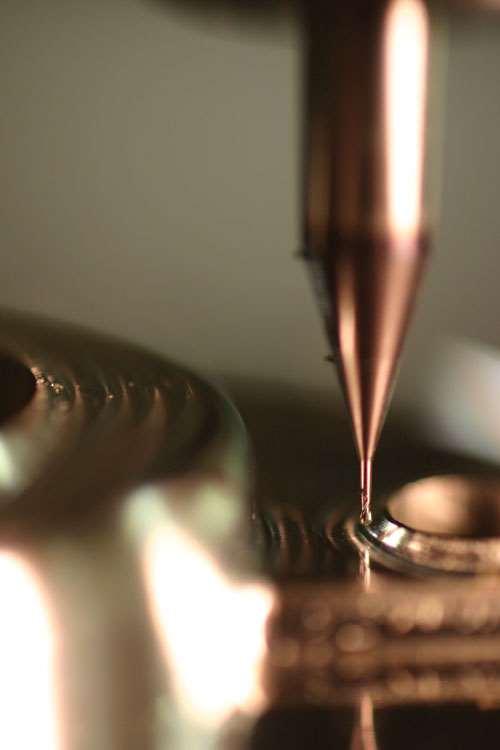 milling powdered metal