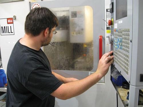Daniel Dimonda machinist