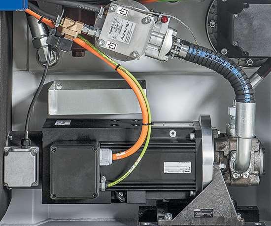 hydraulic pump with servo drive