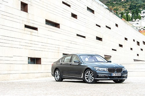 The sixth-generation BMW 7 Series is not merely a study in stateliness, but in materials science, as well.