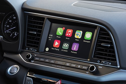 Yes, that's Apple CarPlay. Android Auto is also available in the Elantra.