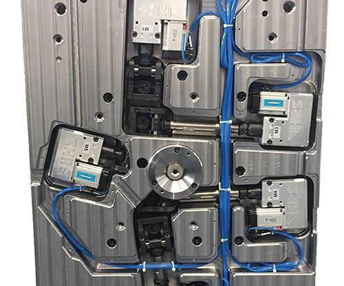servo driven valve gate