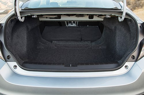 Although the length of the Coupe is reduced by 5.4 inches compared with the Sedan—with the length coming off of the rear overhang—Melville-Brown points out that the truck had to have sufficient capacity to handle three sets of golf clubs.