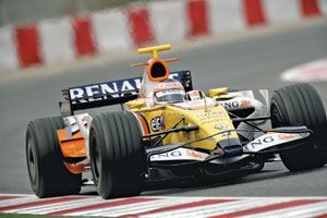 The R28 Formula 1 race car, built by ING Renault (Enstone, U.K.). Source: ING Renault