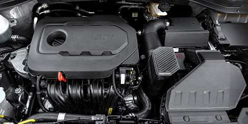 Probably the area where there is the least amount of change from the 2016 model to the 2017 is under the hood. The 2017, like its predecessor, is available with either a 2.4-liter gasoline direct injection four or a 2.0-liter turbocharged four. Both engines are mated to a six-speed automatic transmission.