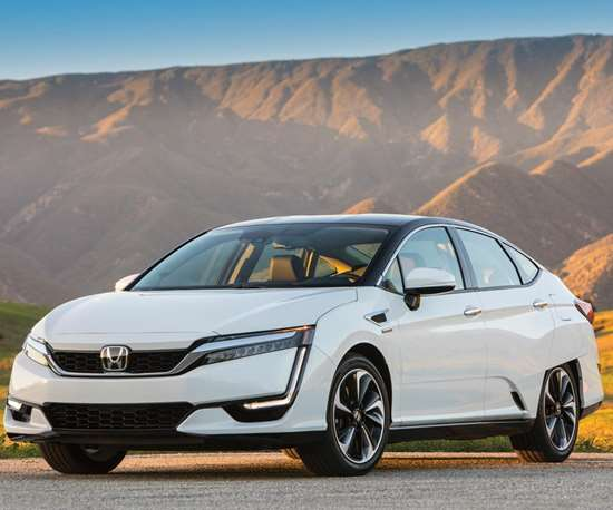 Honda is no stranger to putting fuel cell vehicles on the U.S. roads. The world's first lease of a fuel cell vehicle to a family happened in California with a model year 2005 FCX. It was followed by the 2008 FCX Clarity. And now the company is producing the 2017 Clarity Fuel Cell.