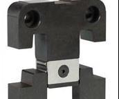 Roller bearing lock