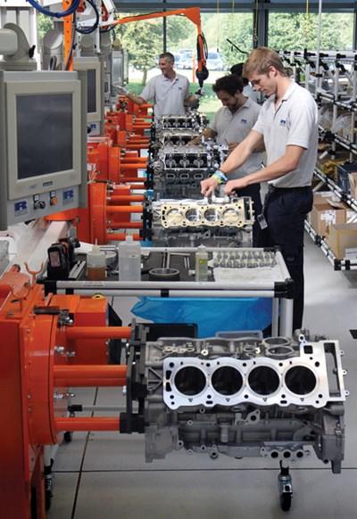 The Engine Room Design: Ricardo Engine Build For McLaren : Automotive Design