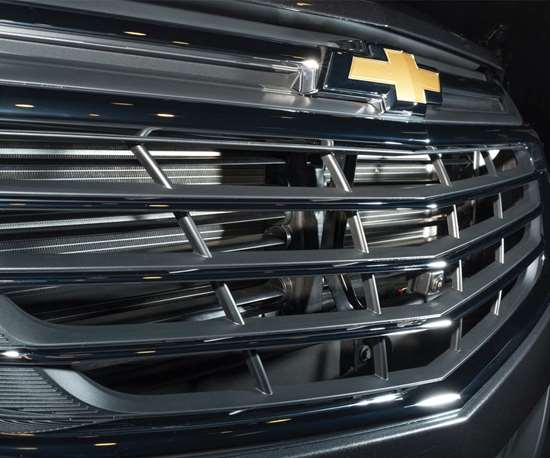 Reduced drag results in better fuel efficiency. For the 2018 Equinox, they ran more than 500 hours in the wind tunnel. Among the aero improvements are electronically controlled grille shutters, for the lower and upper grilles, that are automatically actuated when engine cooling needs are reduced, such as when cruising on the highway. The shutters reduce drag.