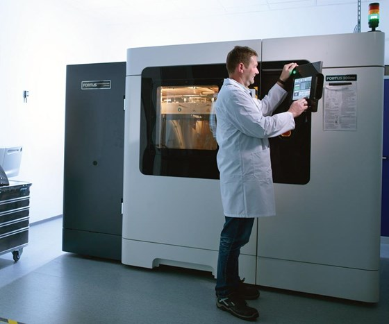 Siemens is producing in-service parts with a 3D printer for German trams.