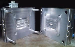 mold steel selection