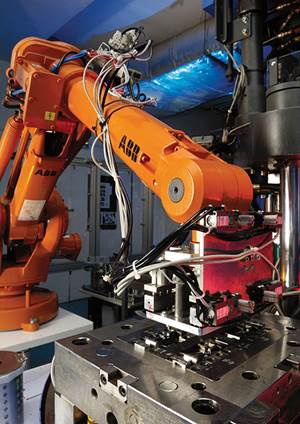 Reshoring, Robots  and the New Factory Floor