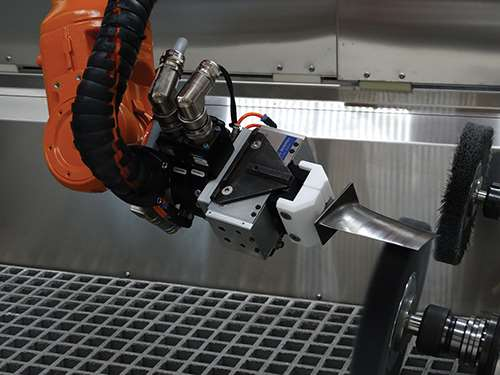 robot uses delcam powermill