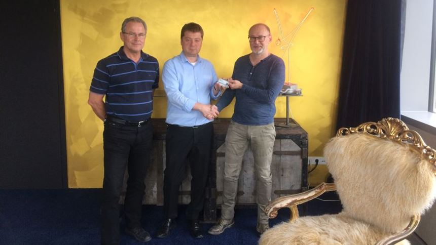 Dr. Andreas Ziegler (Head of Research and Development at FIT AG), Ovidiu Lupu (appointed Branch Manager FIT Additive S.R.L. Brasov) and Carl Fruth (founder and CEO FIT AG)