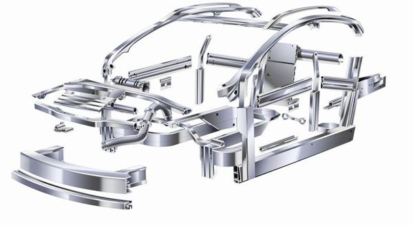 What Heavy-Duty  Truck Manufacturers Know About Aluminum image