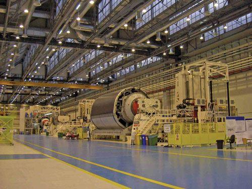 Ingersoll Tape Layer for Dreamliner Fuselage