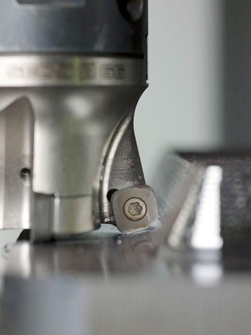 High-feed cutter