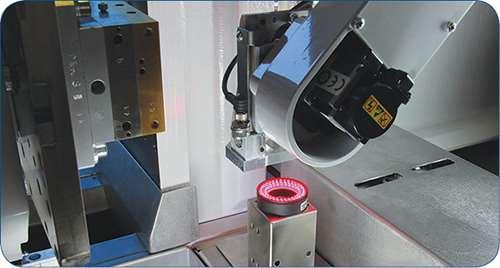 Machine vision camera on SCARA robot