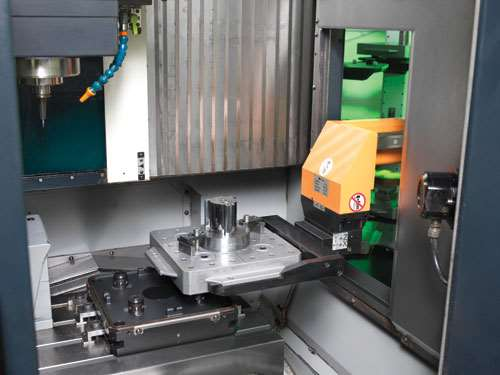 automated mold manufacturing