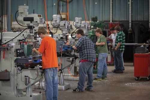 Cardinal Manufacturing students
