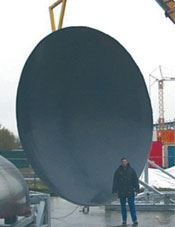 Step 1: The tool for the pressure bulkhead was fabricated in-house by Airbus' Varel, Germany facility.