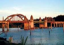 Siuslaw double-bascule drawbridge