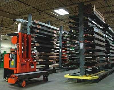 Warehouse cantilever rack storag