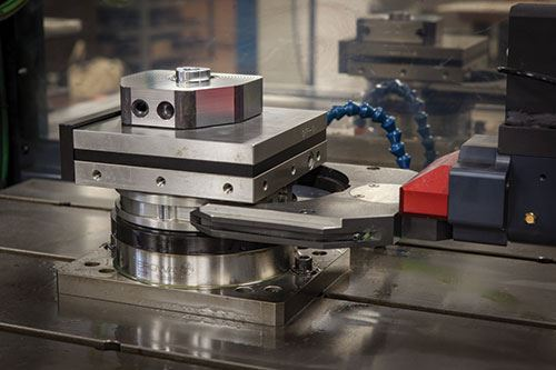 robots and workholding