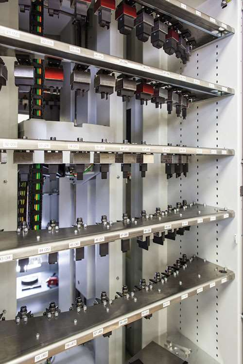 electrode storage robots