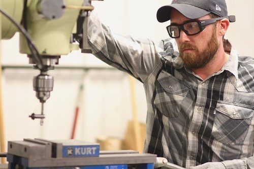 Shop Glasses Offer Video and Data Capabilities