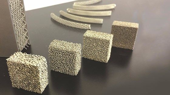 Test parts featuring trabecular structure