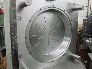 A side of saucer mold