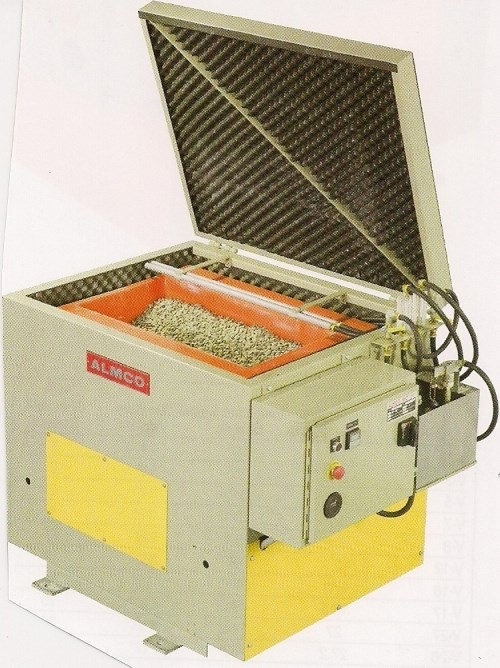 Batch Vibratory Machine With Sound Hood