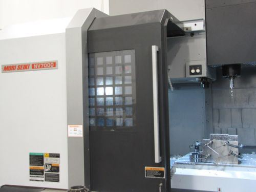 Mori Seiki NV7000 with a BIG-PLUS CAT40 spindle