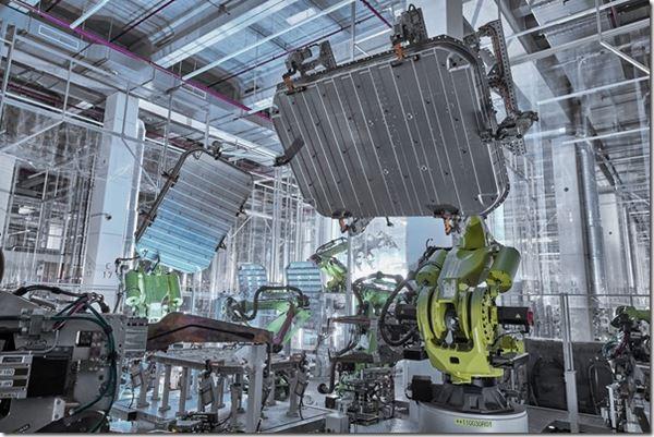Audi and Aluminum image