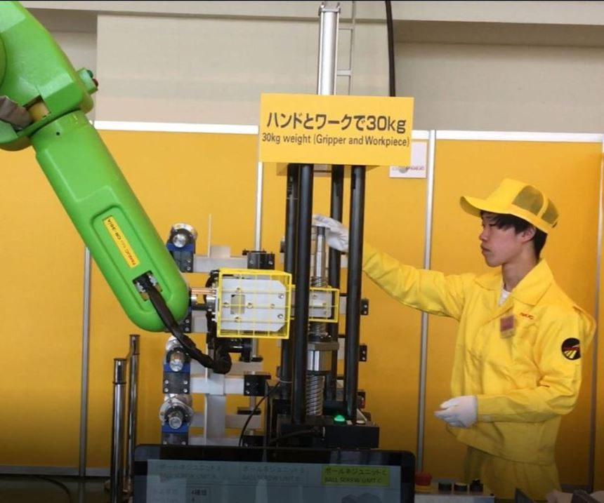 FANUC CR-35iA cobot demonstration