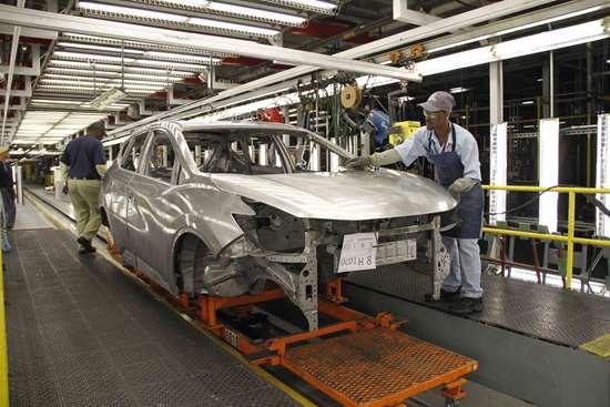 Crece produccion de vehiculos en noviembre