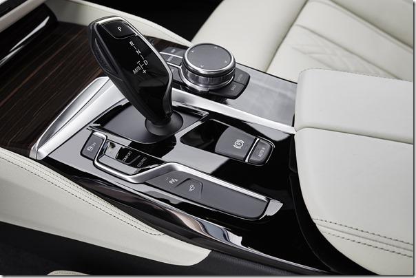BMW52