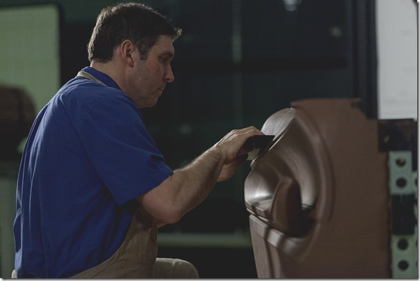 Mark Dybis, creative sculptor, works by hand to bring the designers' vision of the Buick Avista Concept to life.