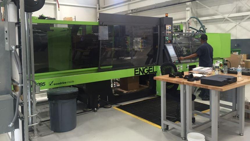 Engel Victory 1350/285 Tech 285-ton press