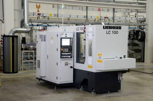Liebherr LC 100 gear hobbing machine