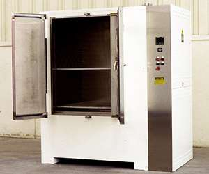 No. 923 electrically-heated, 500°F Class 100 cleanroom cabinet oven from Grieve Corp.
