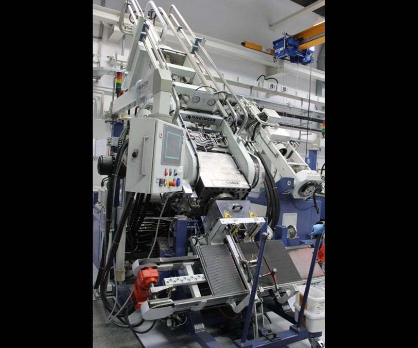 piston extrusion press
