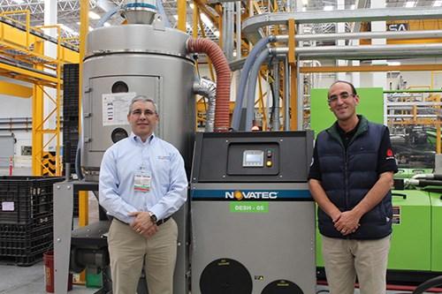 Alex Vidal, de Novatec, y Richard Carroll Trujillo, de Grupo ABC.